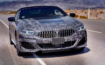 New BMW 8 Cabrio Death Valley 14