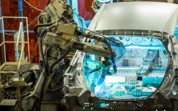 Nissan leaf production 10