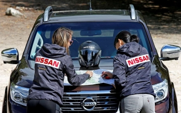 Nissan Navara heads rebell rally 15