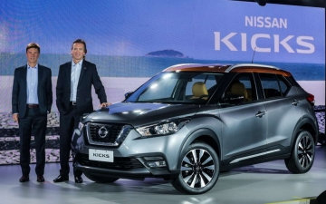 Nissan crossover and SUV sales 13