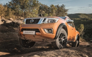 Nissan Navara AT32 20