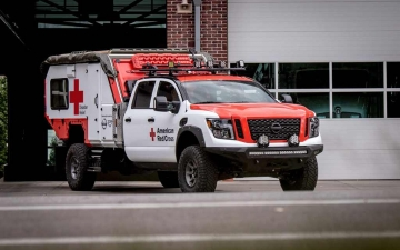 Nissan_TITAN_Red_cross_ 01