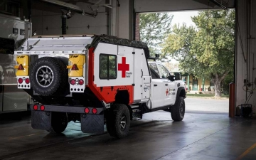 Nissan_TITAN_Red_cross_ 02