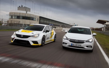 Opel Astra TCR 14