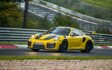 Michelin Porsche GT2 RS 10