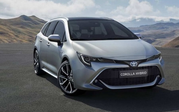 Τoyota Corolla Touring Sports 10