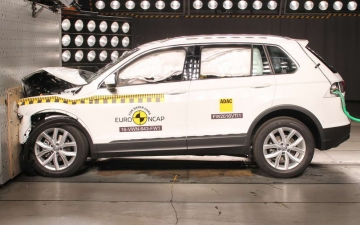 VW Tiguan Best in Class 03