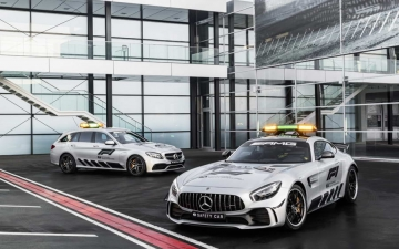 Mercedes F1 safety car 15