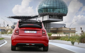 09_New Fiat 500 (RED)