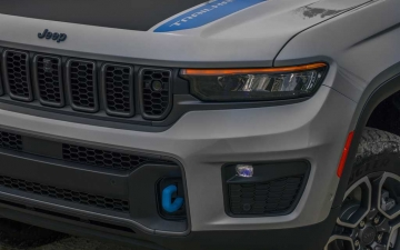10_All-new 2022 Jeep® Grand Cherokee Trailhawk 4xe