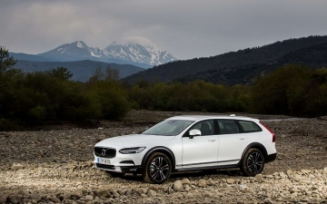 V90 CROSS COUNTRY 14