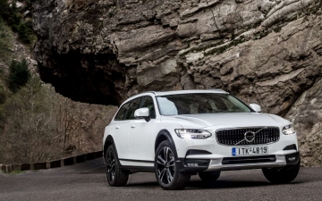 V90 CROSS COUNTRY 15