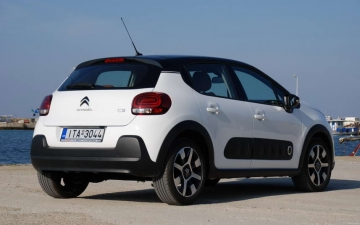 Citroen C3 1,2 PURETECH 5MT 82 HP 03