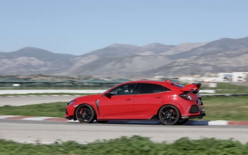 Civic Type R MY17 12