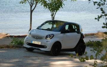 odigoume smart fortwo urban shadow 0,9t 90 ps 220120