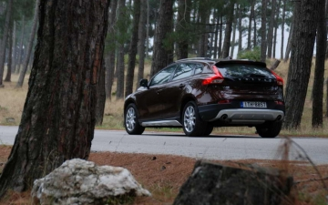 Volvo V 40 cross country