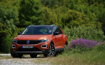 VW T Roc 1000 - 115hp 01