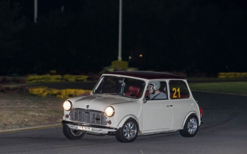 Classic-Mini-club- 03