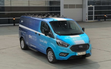 Ford Tourneo Custom TeamSky 10