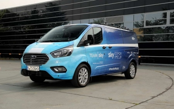 Ford Tourneo Custom TeamSky 11