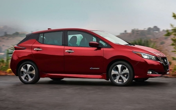 Nissan LEAF Award 12