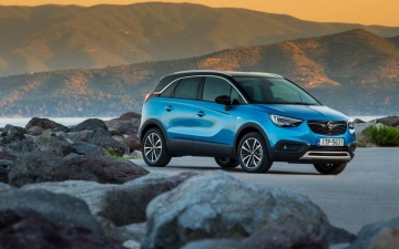 Opel Crossland X sales 14