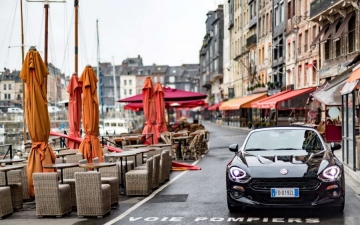 Fiat 124 Spider sweeps France 14
