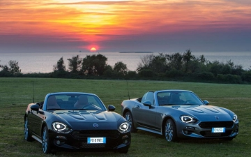 Fiat 124 Spider sweeps France 23