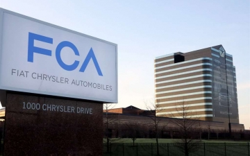 FCA-Connected-Services_05