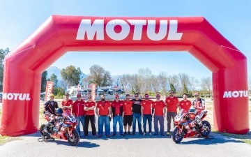 Team Wolf Racing Motul 12