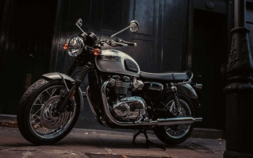 Bonneville_T120_Diamond_1.2935aa77