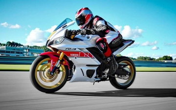 2022_YAM_YZFR320SV_EU_SW_ACT_009_03_preview