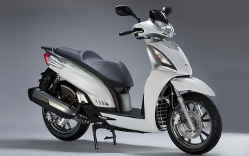 KYMCO PEOPLE GTi 125 MY17 11