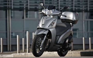 KYMCO PEOPLE GTi 125 MY17 14