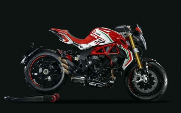 MV AGUSTA DRAGSTER 800 RC MY2017 01
