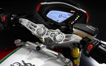 MV AGUSTA DRAGSTER 800 RC MY2017 05