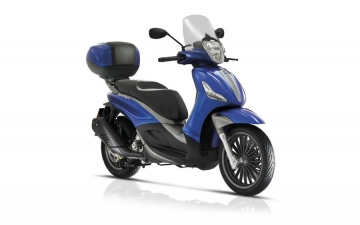 PIAGGIO BEVERLY 300S + EXTRA ACCESSORIES